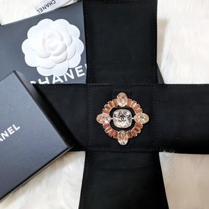 New 2017 CHANEL Large Crystal CC Brooch